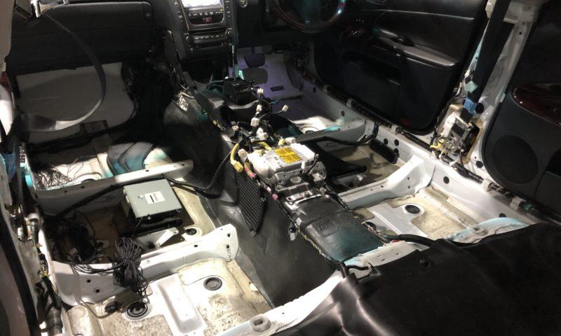 冠水車の電装系の修理